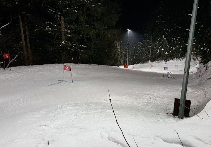 SkiPlus-Rennteam-Hirschenstein-Cup-BlogHeader20170130.jpg
